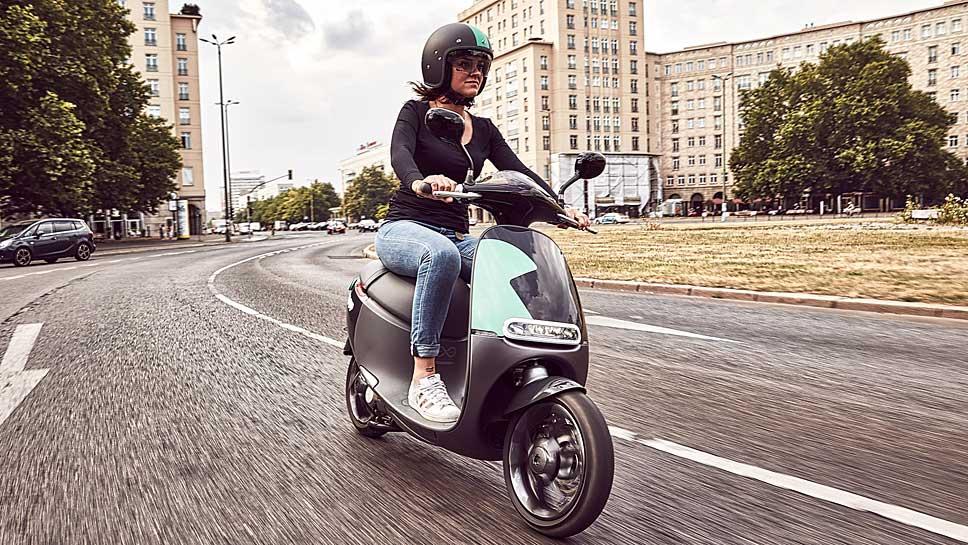 Bosch steigt ins Leihgeschäft mit Motorrollern ein