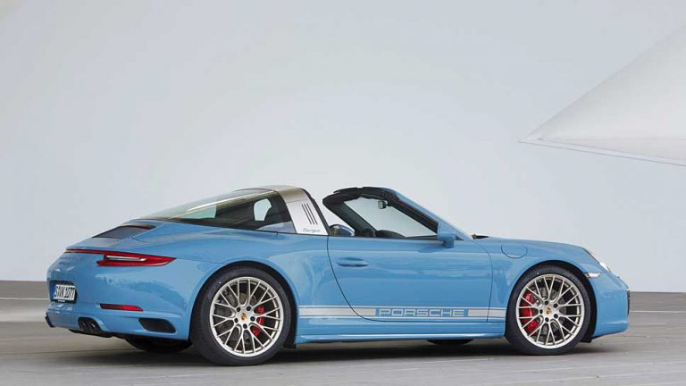 Porsche Targa fährt in die Sixties