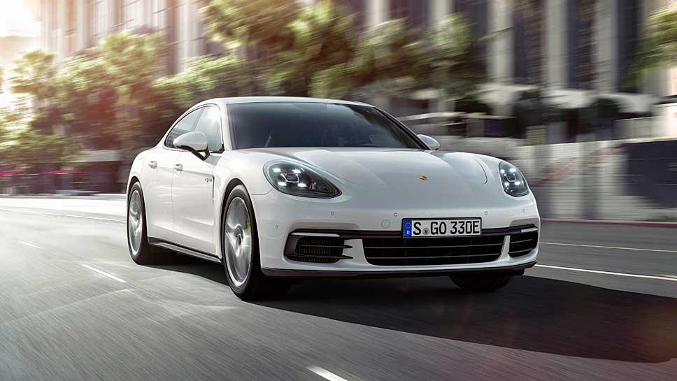Der Porsche Panamera 4 E-Hybrid behütet 462 PS unter der Motorhaube