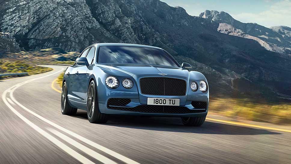 Der Bentley Flying Spur W12 S knackt die 200 Meilen.