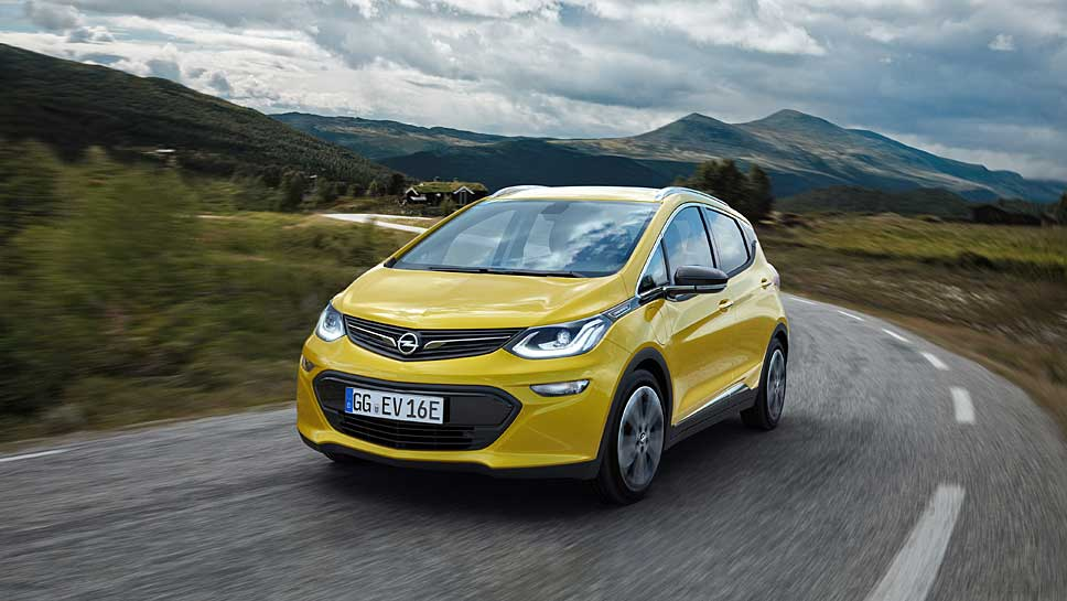 Der Opel Ampera-e avanciert zum Reichweiten-Champion