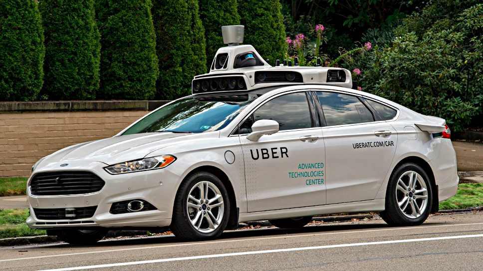 Ein autonom fahrendes Fahrzeug von Uber.