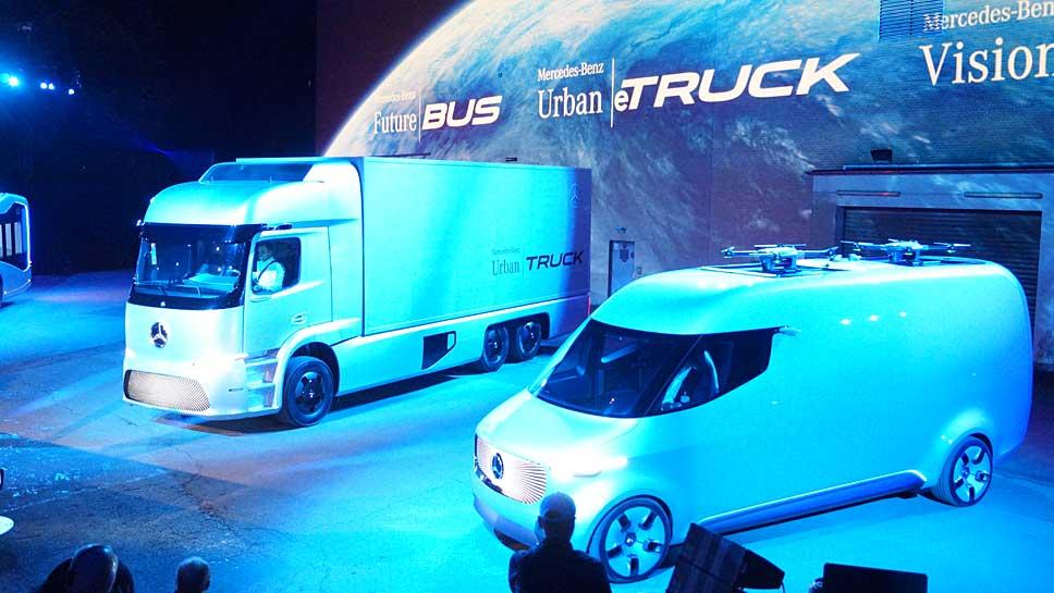 Mercedes fährt mit dem Urban eTruck (l.) und dem Vision Van in eine neue Ära