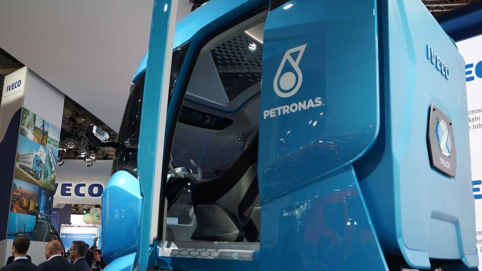 Das Cockpit des Truck-Vision Z ist sehr futuristisch ausgelegt