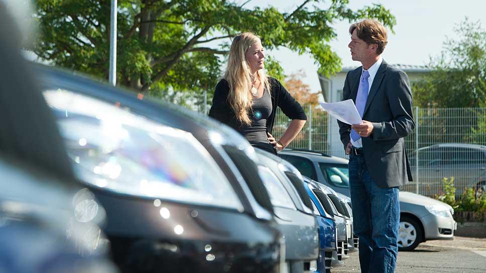 Die Zahl der Rabatte beim Neuwagenkauf nimmt leicht ab