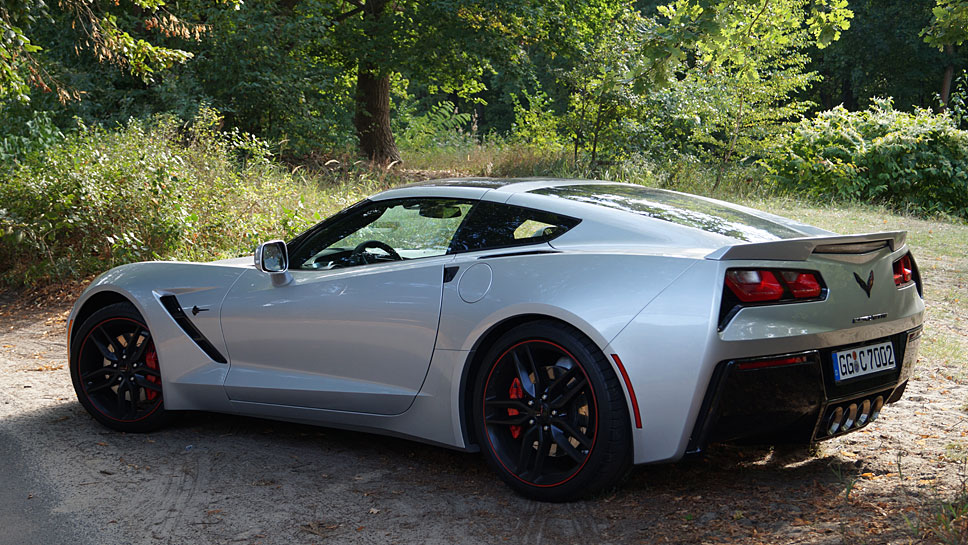 Die Corvette C7 Stingray erreicht nach 4,2 Sekunden Tempo 100