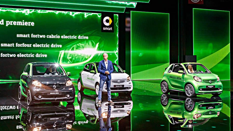 Zetsche Elektro-Smart NEU Aufmacher Daimler