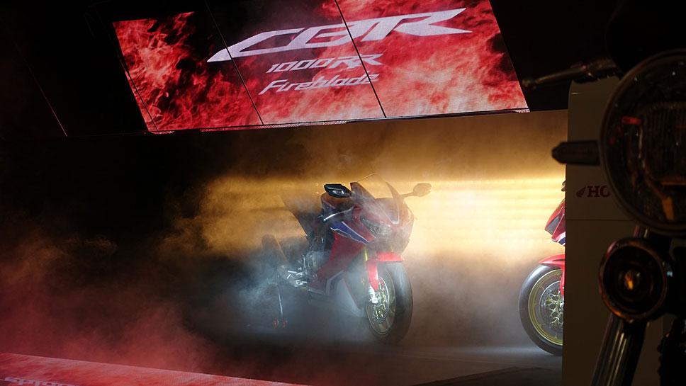 Von Honda wird eine neues Basisversion der Fireblade erwartet