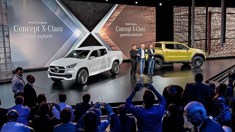 Daimler-Chef Dieter Zetsche (m.) bei der Vorstellung des Concept X-Class