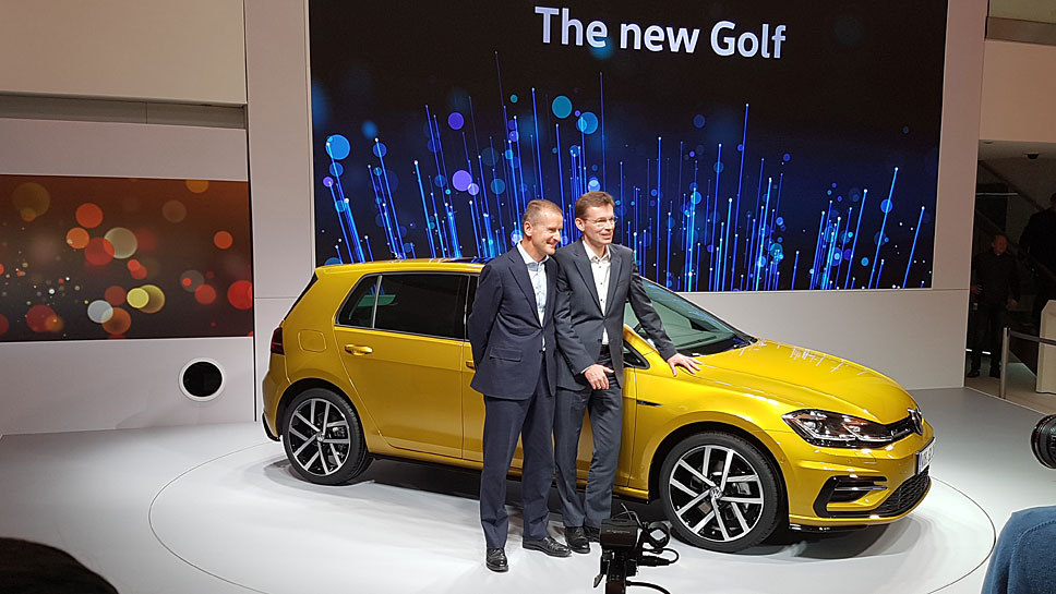 VW-Markenchef Herbert Diess (l.) und Entwicklungsvorstand Frank Welsch