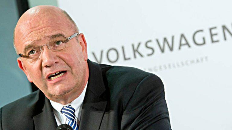 VW-Betriebsratschef stützt Rolle der Verbrennungsmotoren