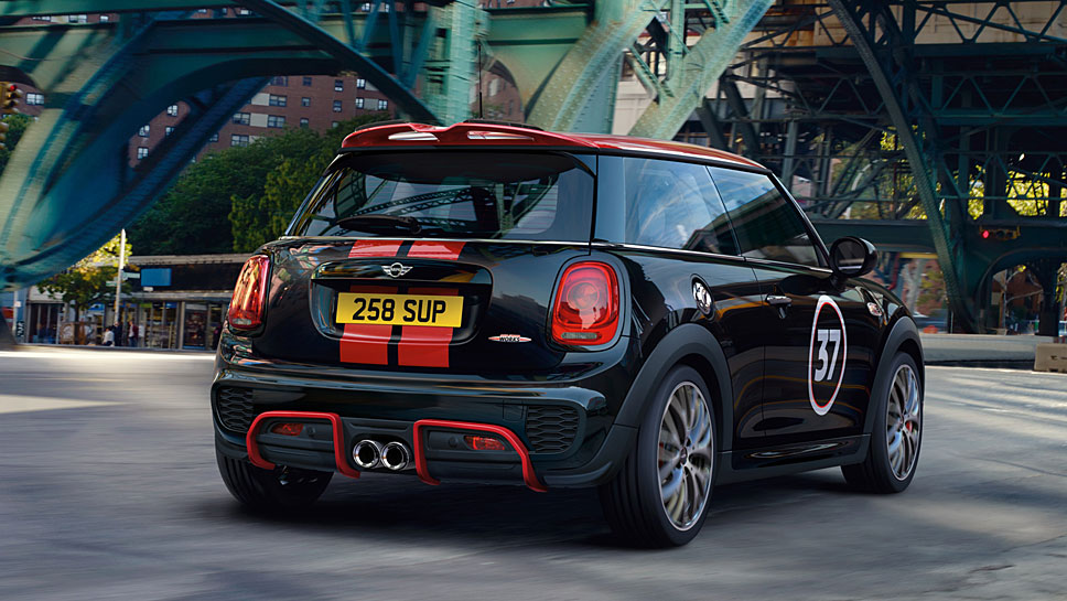 Mini verleiht dem Cooper S John Cooper Works-Flair