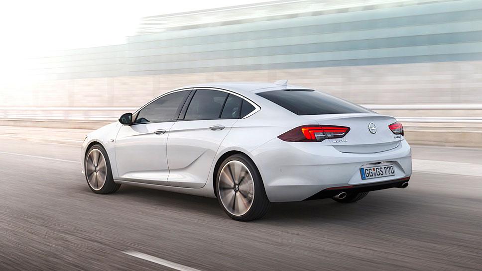 Der Opel Insignia Grand Sport feiert Premiere in Genf 2017