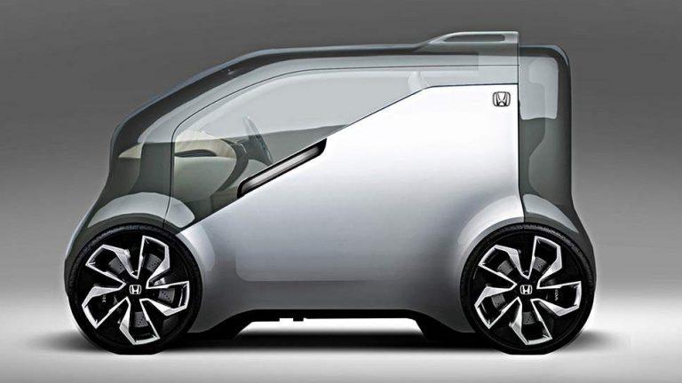 Honda NeuV spricht mit den Passagieren