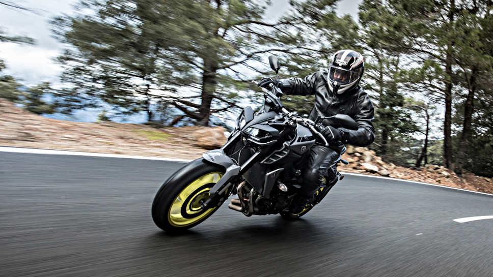 Die Yamaha MT-09 hat einiges zu bieten.