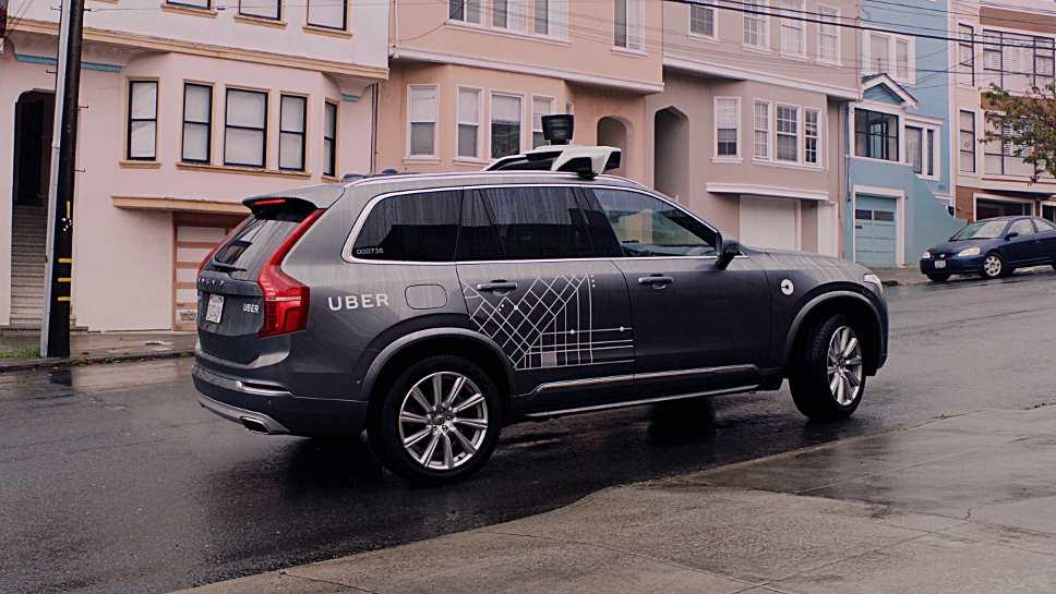 Uber zieht seine selbstfahrende Flotte zunächst aus dem Verkehr