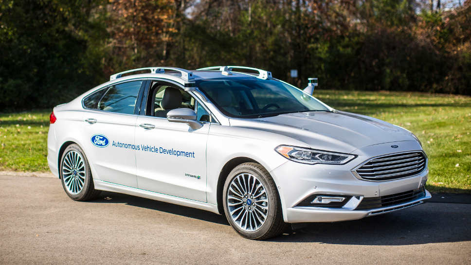 Der Ford Fusion Hybrid erhielt neue Technologien.