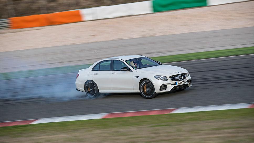 Mercedes-AMG lässt mit dem E 63 S die Reifen qualmen