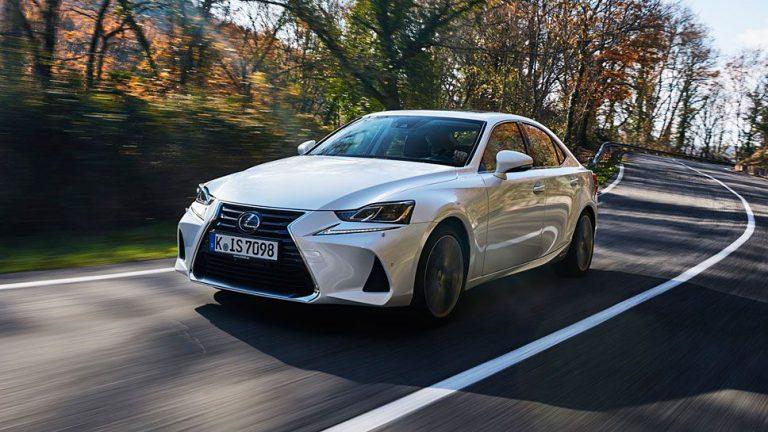 Lexus IS: Polarisieren mit teuflischem Antlitz