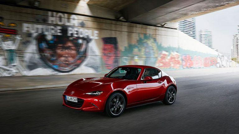 Mazda MX-5 RF: Neue Targa-Gefühle beim alten Klassiker