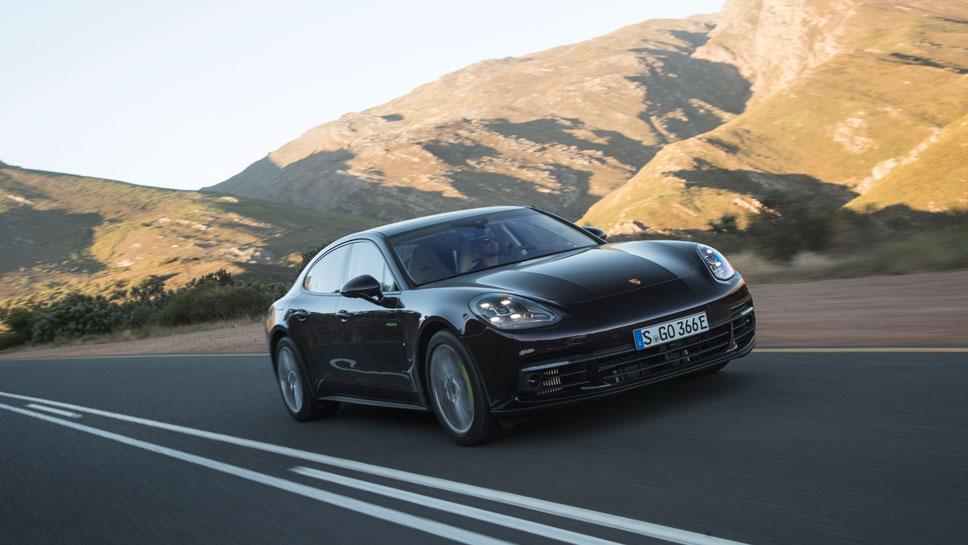 Porsche hat die Kraft des Panamera 4 E-Hybrid gesteigert
