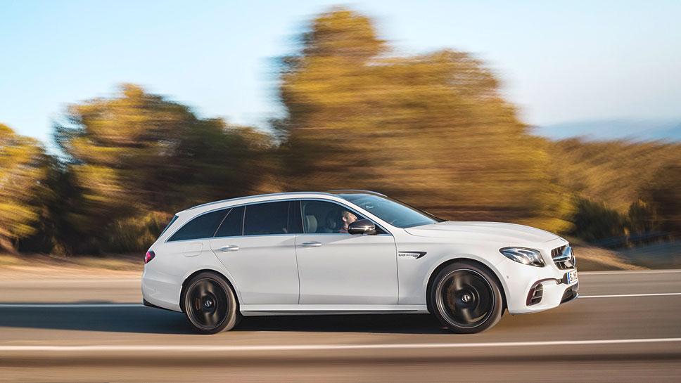 Das T-Modell des Mercedes-AMG E 63 erreicht nach 3,6 Sekunden Tempo 100