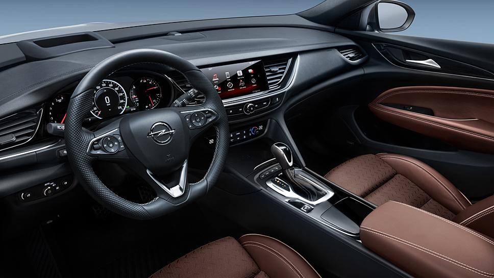 Opel hat den Insignia Sports Tourer verlängert und erleichtert.