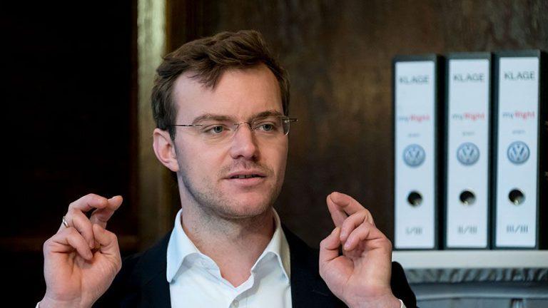 Internetplattform strebt Schadensersatzklage gegen VW an