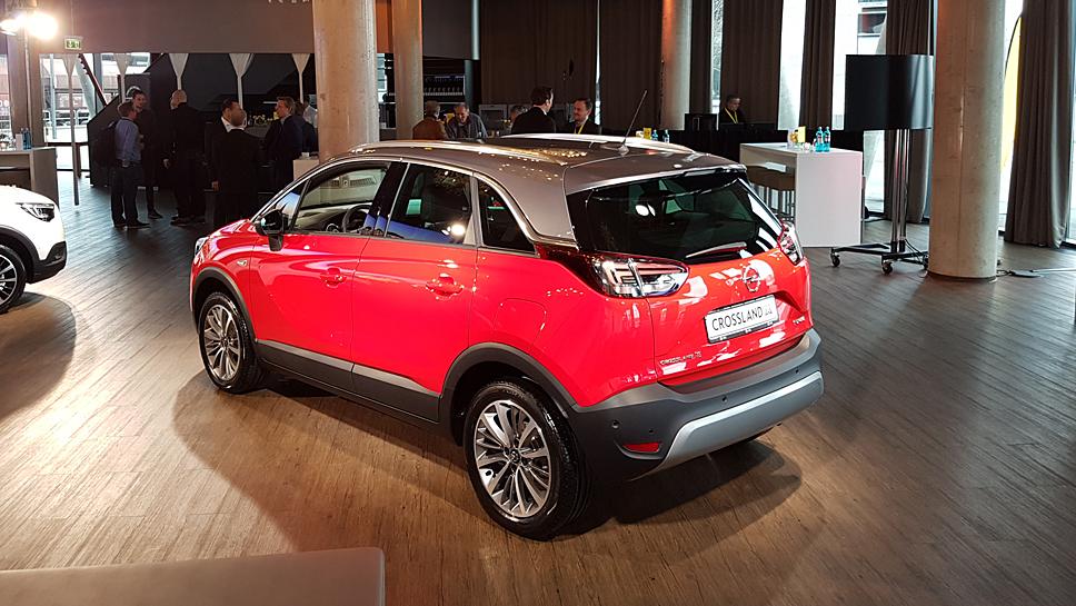 Opel präsentiert den Crossland X