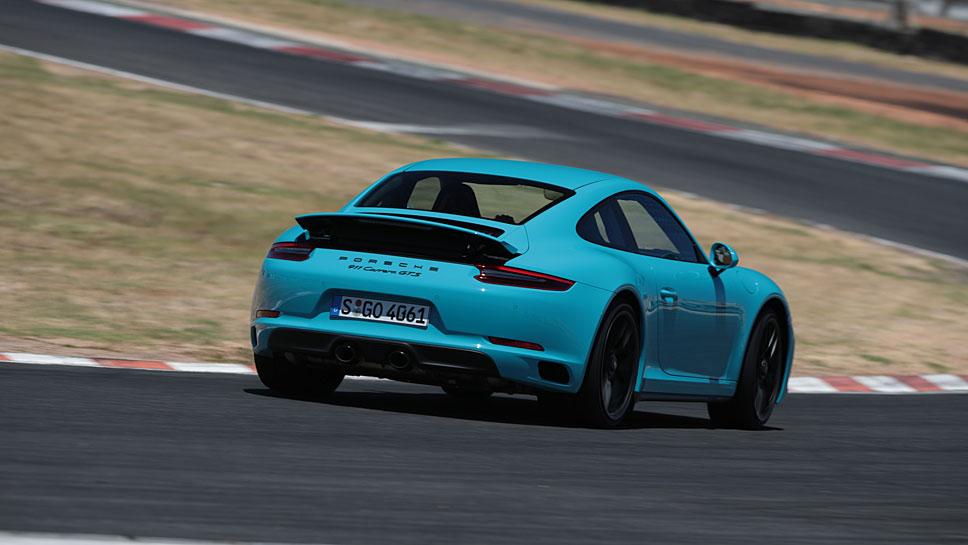 Der Porsche 911 Carrera GTS präsentiert sich sehr vielfältig