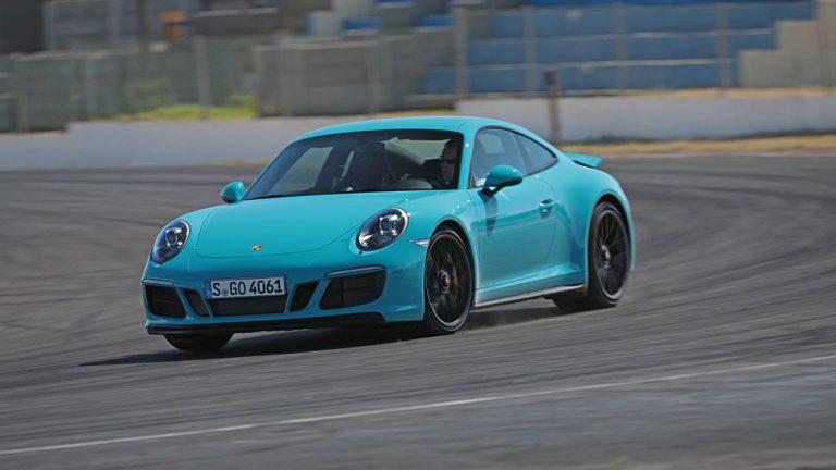 Porsche 911 Carrera GTS: Einsamer Spagat
