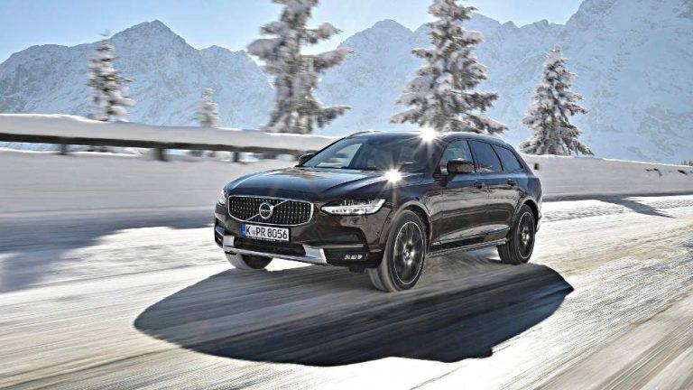 Volvo V90 Cross Country: Edel durch den Schnee