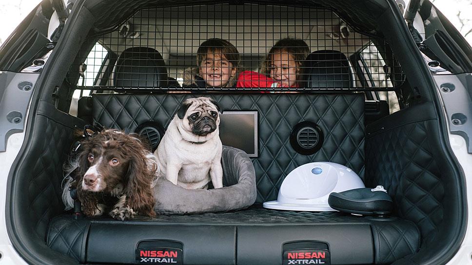 Nissan zeigt ein Herz für Hunde