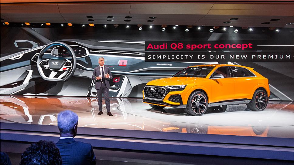 Audi-Chef Rupert Stadler präsentiert den Q8 Sport Concept
