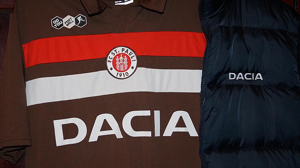 Dacia war ein Jahr Trikot-Sponsor beim FC St. Pauli