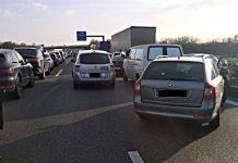 Mit 320 Euro und einem Monat Fahrverbot müssen Rettungsgassen-Blockierer rechnen