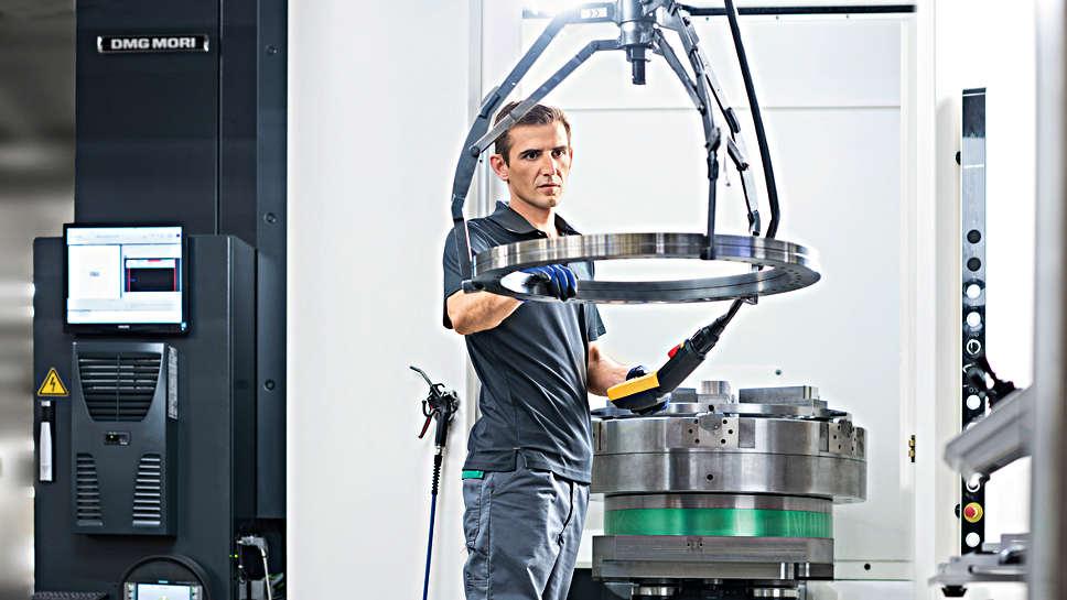 Mit der Maschine 4.0 beschreitet Schaeffler den Weg in Richtung einer digitalisierten Produktion