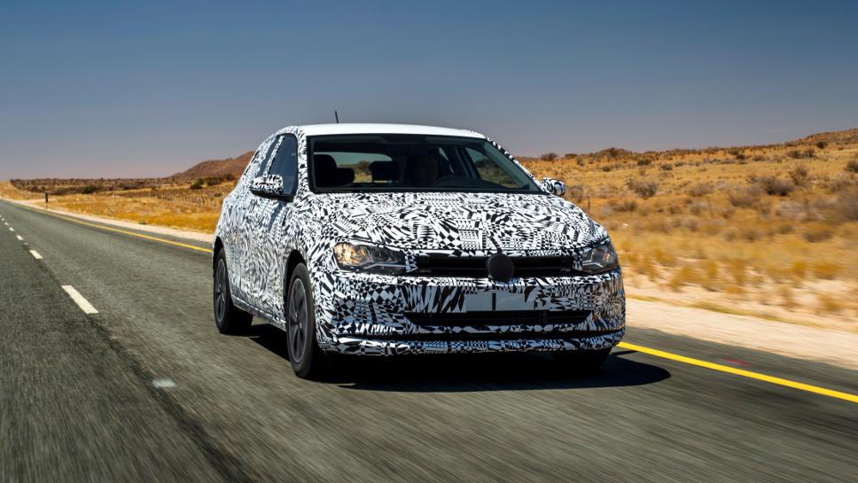 Der neue Polo von VW ist noch getarnt unterwegs.
