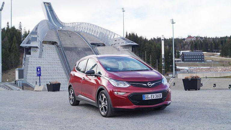 Opel Ampera-e: Dynamischer Reichweiten-Champion