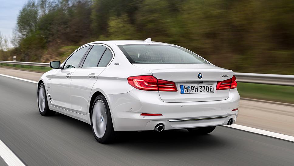 BMW stattet den fünfer mit einem Plugin-Hybrid-Antrieb aus