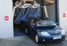Durch eine Waschstraße verursachte Schäden müssen sofort angezeigt werden
