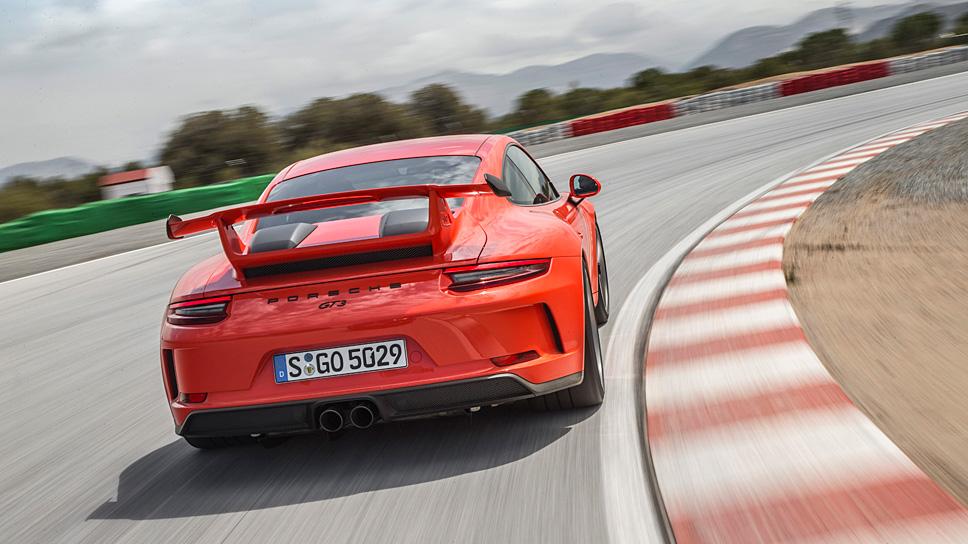 Porsche-Fahrer übertreten die Regeln häufiger