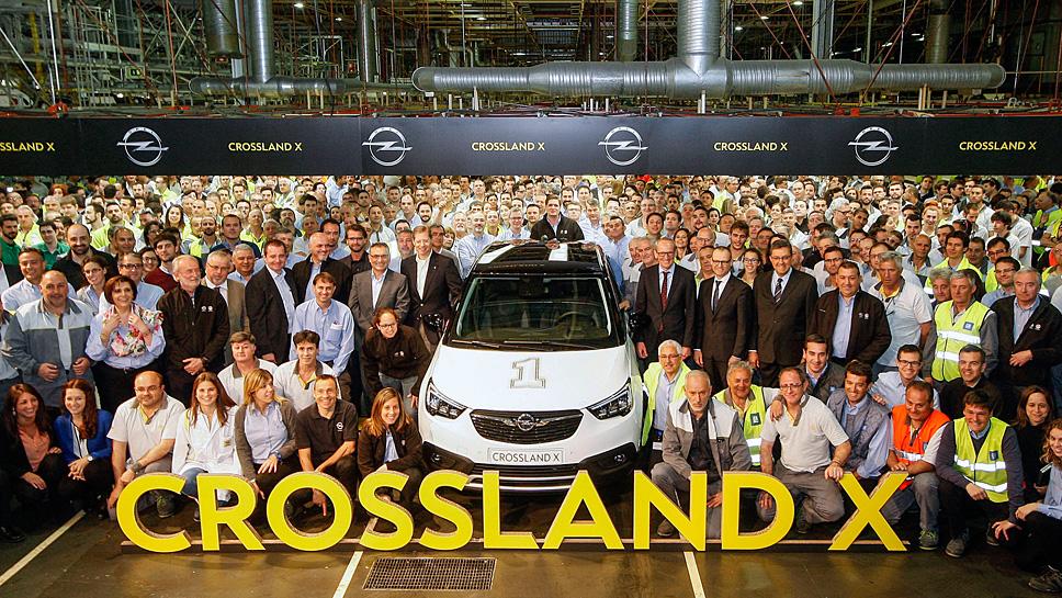 Opel hat den ersten Crossland X vom Band laufen lassen