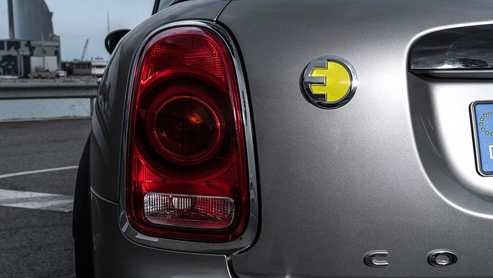 Auch als Hybrid ist der Mini Countryman Cooper S E nicht schwach auf der Brust