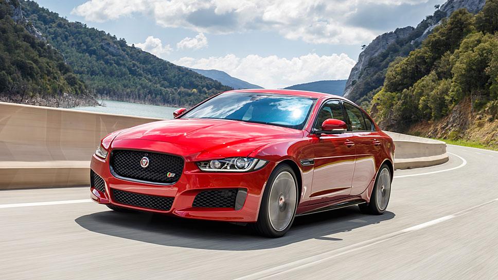 Jaguar bietet neue Vierzlyinder an.