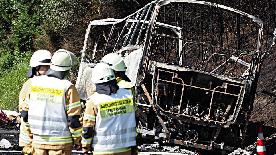 Der ausgebrannt Bus in Münchberg.