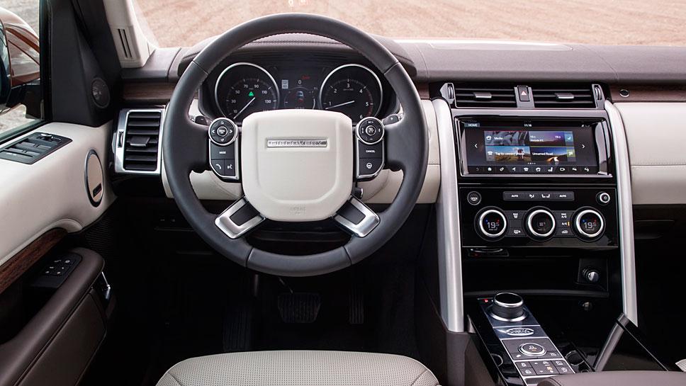 Der Land Rover Discovery ist noch ein Vertreter der alten Geländewagenschule