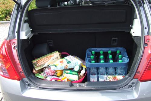 Der Kofferraum Des Suzuki Swift Bietet 201 Liter Platz Foto AG Mertens